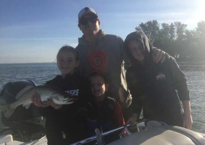 Salty-Water-Fishing-Charters-Dunedin-Clearwater-Florida-Tarpon-Springs-Customers-Happy-Family-Friendly-Catching-Tarpon-Snook-14